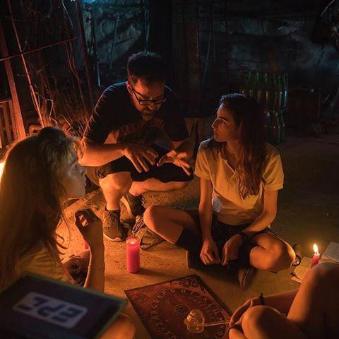 """""""Encourager les nouvelles générations à tester la Ouija : « C'est ce que nous avons fait à votre âge quand il n'y avait pas de twitter »."""" [Traduction en français par Rapologique] -Paco Plaza, 2 juillet 2017"""