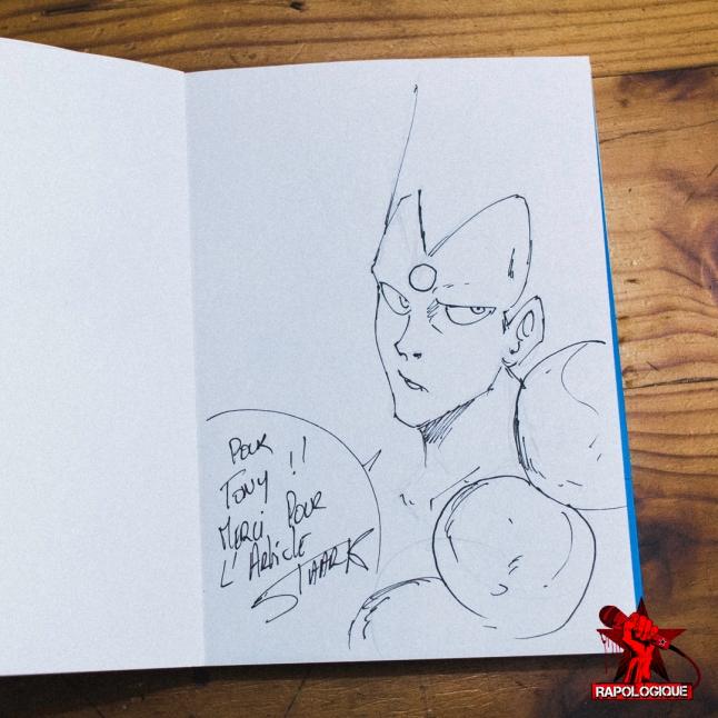 Au salon Geekali, j'ai pu faire dédicacer mon exemplaire du manga Redskin par le mangaka réunionnais Staark. Merci pour la dédicace !